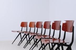 marko-schoolchair-industrial-dutch-vintage-design-friso-kramer-prouve-style-black-voorkant