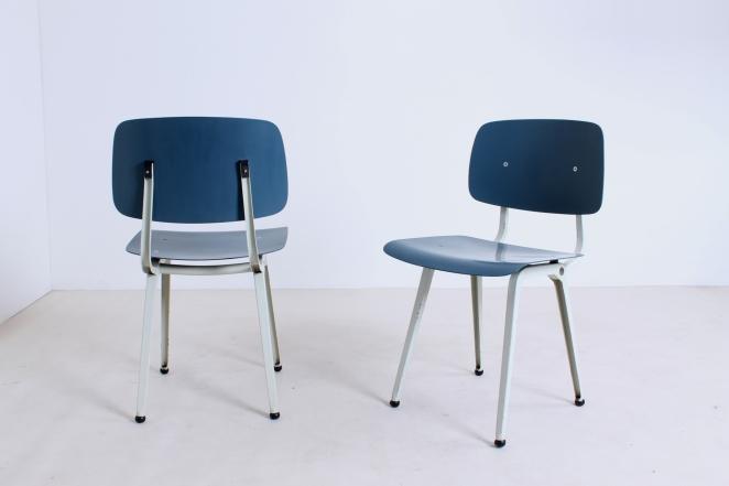 Hollandsk-halvtredserne-stole-industrielt-design-møbler-sedie-disegno-stolar-friso-kramer-femtiotalet-ahrend-utformning-vintage-chairs-retro2