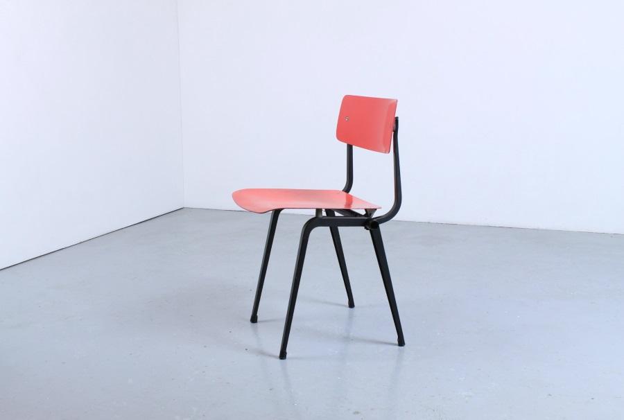 Peachy Friso Kramer Rare Revolt Chair Folding Theatre Chair Ahrend Caraccident5 Cool Chair Designs And Ideas Caraccident5Info