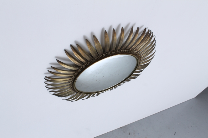 accessory-vintage-design-brass