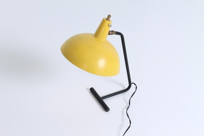anvia-6019-hoogervorst-jjm-yellow-desk-light-fifties-midcentury-dutch-design-round-shape-industrial-1