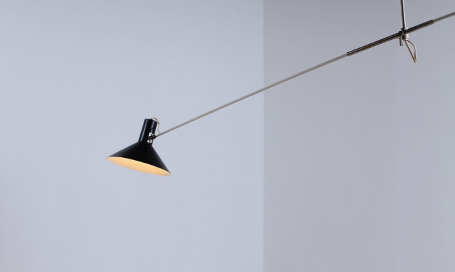 anvia-counter-balance-small-pendant-black-white-ceiling-light-adjustable-hoogervorst-dutch-desing-vintage-industrial-2