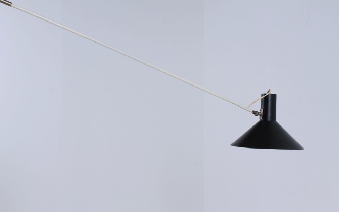 anvia-counter-balance-small-pendant-black-white-ceiling-light-adjustable-hoogervorst-dutch-desing-vintage-industrial-7
