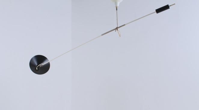 anvia-counter-balance-small-pendant-black-white-ceiling-light-adjustable-hoogervorst-dutch-desing-vintage-industrial-9