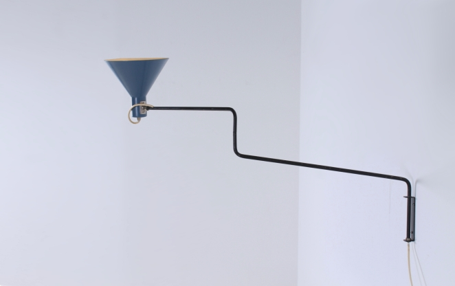 anvia-elbow-blue-adjustable-light-hoogervorst-fifties-dutch-design-vintage-lighting-1