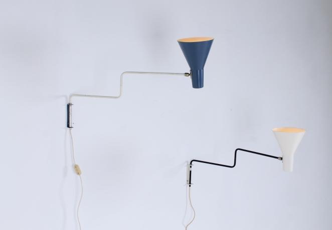 anvia-elbow-cencity-71-01-paperclip-wall-light-blue-white-hoogervorst-midcentury-lighting-vintage-3