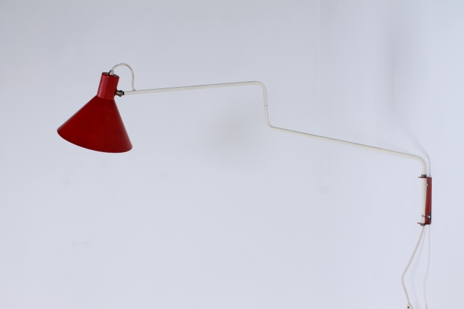 anvia-elbow-cencity-748-08-paperclip-wall-light-red-hoogervorst-midcentury-lighting-vintage-2