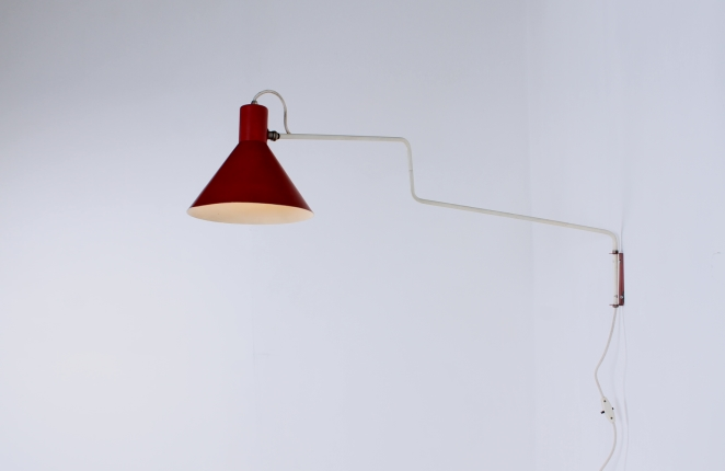 anvia-elbow-cencity-748-08-paperclip-wall-light-red-hoogervorst-midcentury-lighting-vintage-3