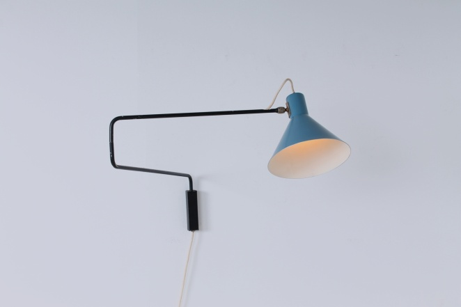 anvia-elbow-paperclip-wall-light-fifties-vintage-minimal-design-748-08-hoogervorst-1