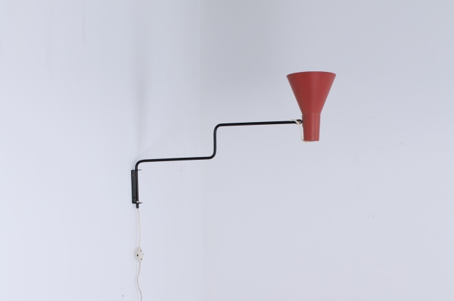 anvia-elbow-red-paperclip-wall-light-fifties-vintage-minimal-design-hoogervorst-small-dutch-1