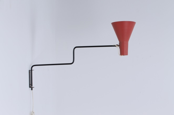anvia-elbow-red-paperclip-wall-light-fifties-vintage-minimal-design-hoogervorst-small-dutch-2