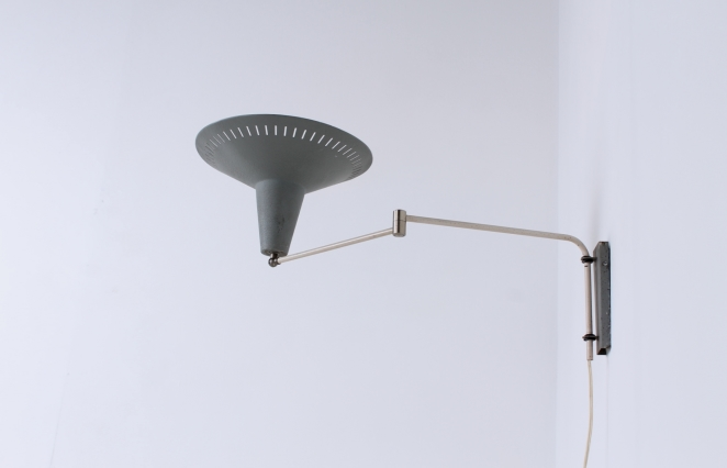 anvia-grey-adjustable-wall-light-panama-shade-swinging-arm-fifties-dutch-design-modernist-metal-minimal-2