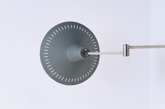 anvia-grey-adjustable-wall-light-panama-shade-swinging-arm-fifties-dutch-design-modernist-metal-minimal-6