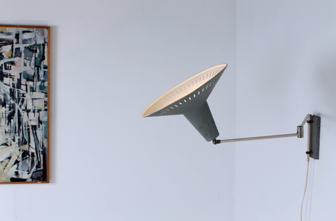 anvia-grey-adjustable-wall-light-panama-shade-swinging-arm-fifties-dutch-design-modernist-metal-minimal-67