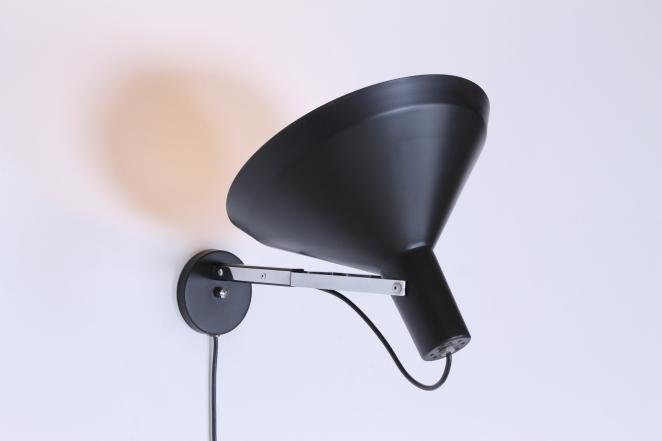 anvia-hoogervorst-industrial-wall-mounted-vintage-light-big-shade-dutch-sconce-black-4
