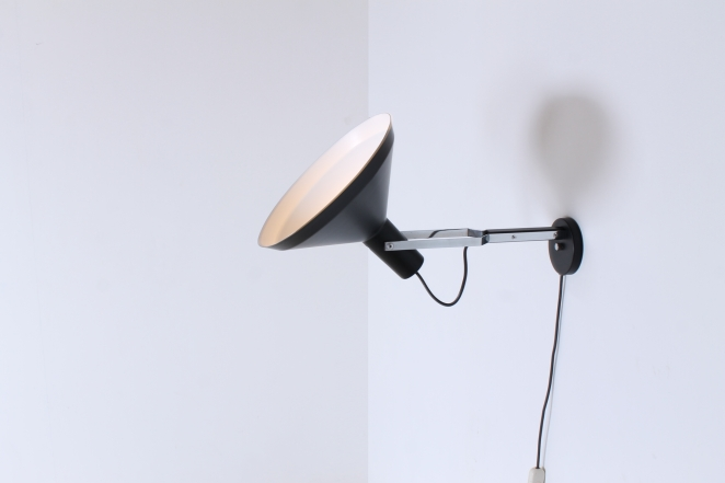 anvia-hoogervorst-industrial-wall-mounted-vintage-light-big-shade-dutch-sconce-black-6