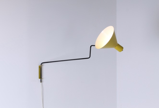anvia-yellow-black-paperclip-elbow-748-08-adjustable-wall-light-swinging-arm-hoogervorst-dutch-industrial-design-light-lighting-vintage-lamp-minimal-modernist-5