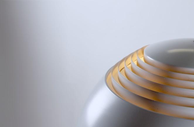 arne-jacobsen-aj-royal-white-sas-hotel-vintage-pendant-light-louis-poulsen-design-denmark-danish-fifties-lighting-3