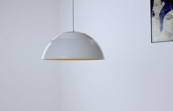 arne-jacobsen-aj-royal-white-sas-hotel-vintage-pendant-light-louis-poulsen-design-denmark-danish-fifties-lighting-4