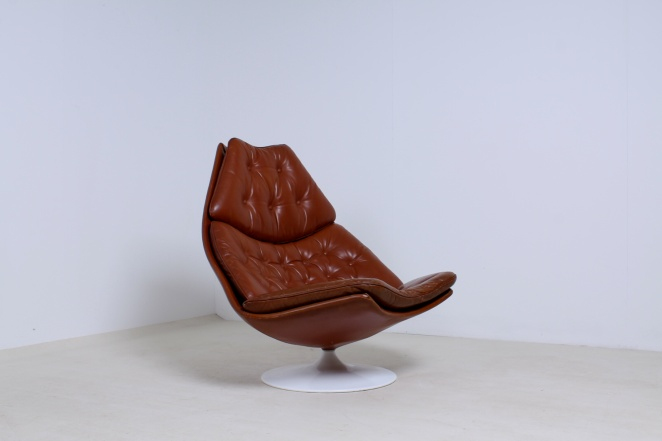 artifort-geoffrey-harcourt-leather-cognac-luxury-centrepiece-camel-swival-design-F-series-dutch-design-lounge-chair-1