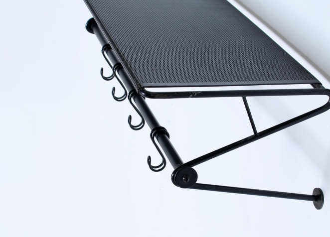 artimeta-soest-black-coat-rack-wall-console-fiedeldij-mategot-metal-perforated-fifties-dutch-french-design-6