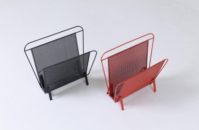 artimeta-soest-magazine-rack-holder-stand-mategot-product-fiedeldij-design-pilastro-style-perforated-metal-1