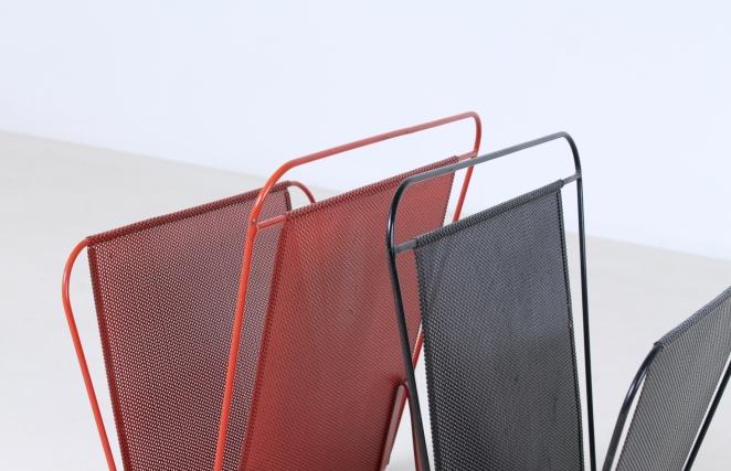 artimeta-soest-magazine-rack-holder-stand-mategot-product-fiedeldij-design-pilastro-style-perforated-metal-4