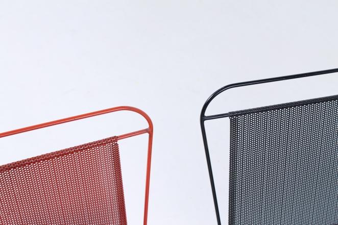 artimeta-soest-magazine-rack-holder-stand-mategot-product-fiedeldij-design-pilastro-style-perforated-metal-6