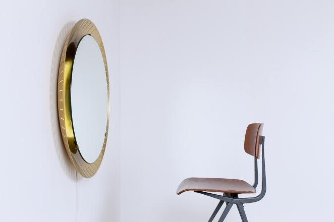 back-lit-mirror-brass-circular-round-perforated-metal-light-source-mategot-artimeta-style-midcentury-vintage-spiegel-verlichting-large-giant-xl-barber-4