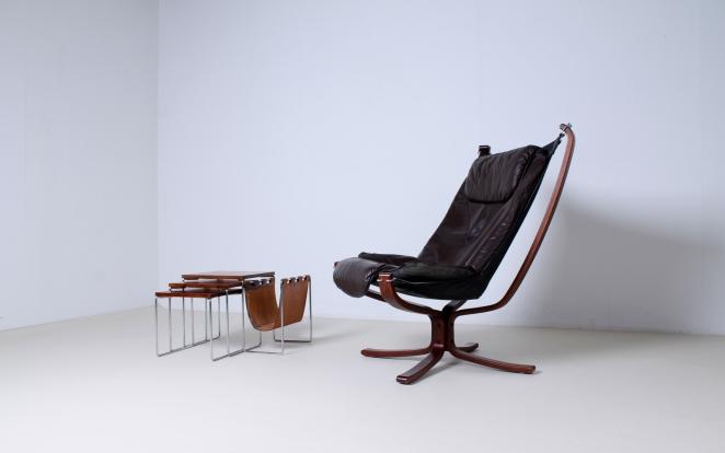 brabantia-nesting-tables-table-set-leather-magazine-holder-vintage-sixties-6