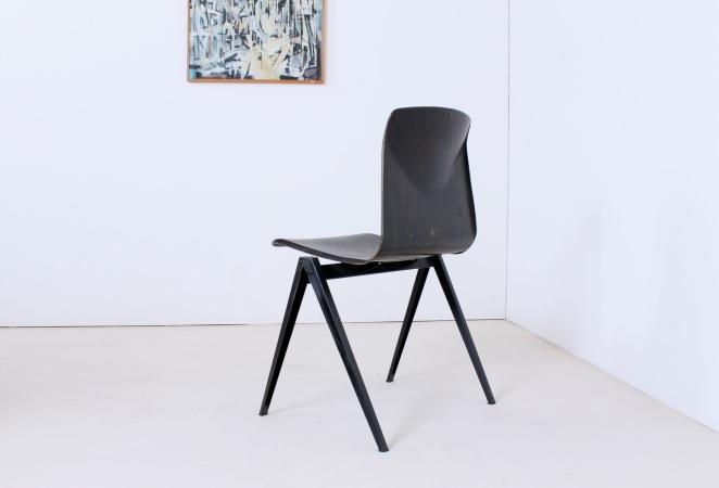 chairs-retro-design-dutch-german-design-coupling-horeca-stoelen-industrieel-galvanitas-5