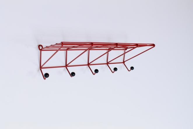 coat-rack-design-friso-kramer-nieuw-deurne-dh05-red-t-spectrum-fifties-1954-dutch-hat-shelve-industrial-vintage-1