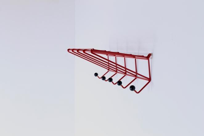 coat-rack-design-friso-kramer-nieuw-deurne-dh05-red-t-spectrum-fifties-1954-dutch-hat-shelve-industrial-vintage-2