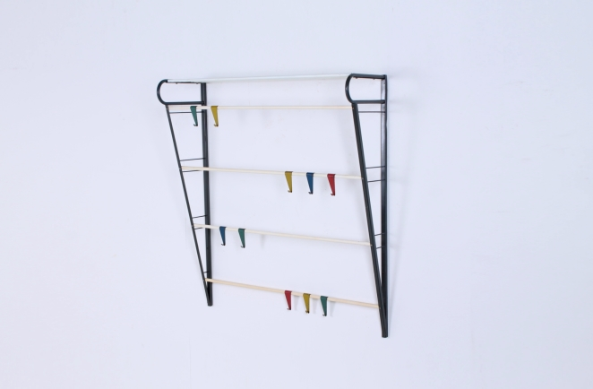 coat-rack-fifties-colorful-hooks-design-dutch-pilastro-tomado-coen-de-vries-jazz-culture-1
