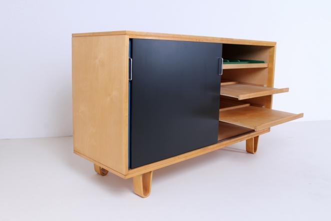 commode-pastoe-cabinet-sideboard-credenza-storage-sliding-doors-colors-braakman-pastoe-cencity