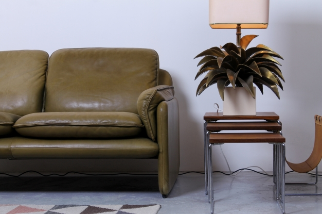 desede-sofa-two-one-seater-seat-pale-olive-green-leather-vintage-design-de-sede-ds-61-cafe-restaurant-lounge-furniture-seventies-leren-bankje-2