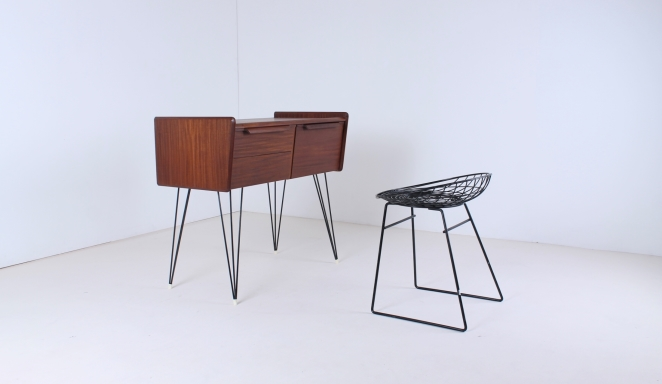 dressing-table-teak-timber-wood-hairpin-wire-wiring-legs-small-furniture-beauty-vanity-case-mirror-pastoe-style-dutch-danish-6