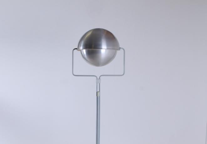 eclisse-jelles-1st-old-edition-retro-sixties-space-design-d-2017-d2017-modernist-architect-futuristic-dutch-vintage-design-floor-light-aluminium-metal-5