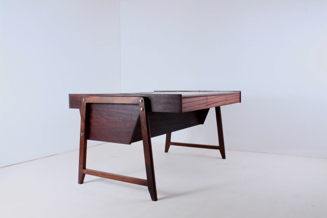 eden-clausen-and-maerus-rotterdam-amsterdam-executive-writing-large-desk-teak-roll-top-cabinet-skandinavian-modern-wood-timber-vintage-design-midcentury­-1
