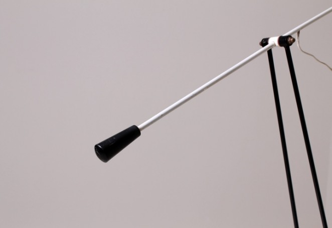 floor-lamp-artimeta-soest-fiedeldij-insect-lamp-grass-hopper-style-rietveld-inspired-1950ies-1959-Dutch-minimal-metal-design-jaren-50-hengellamp-vloerlamp-4