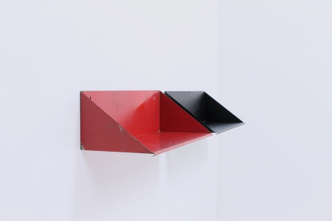 folded-sheet-metal-shelves-shelving-tomado