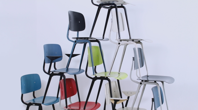 friso-kramer-ahrend-de-cirkel-revolt-chair-colors-colored-school-chairs-vintage-dutch-office-design-furniture-black-plastic-prouve-style-folding-steel-chair