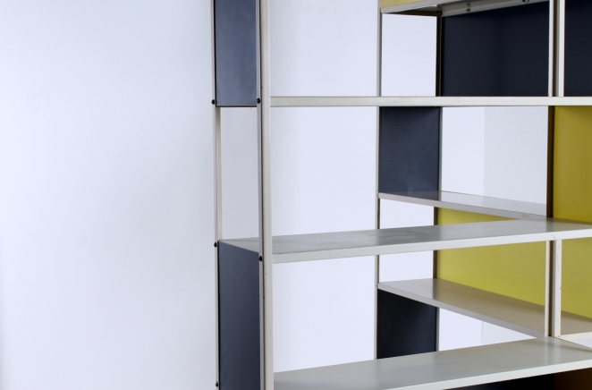 friso-kramer-asmeta-bijenkorf-1953-yellow-bookcase-colored-unit-modular-system-dutch-graphic-industrial-design-modernist-metal-13