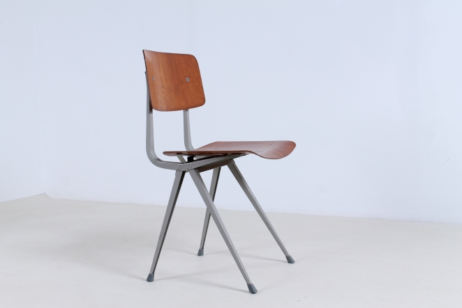 friso-kramer-result-2nd-edition-plastic-wood-ahrend-de-cirkel-vintage-cafe-restaurant-furniture-design-schoolchairs-2