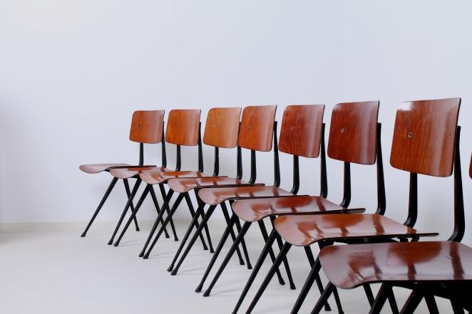 friso-kramer-result-chairs-light-black-design-ahrend-de-cirkel-dutch-design-2nd-edition-2