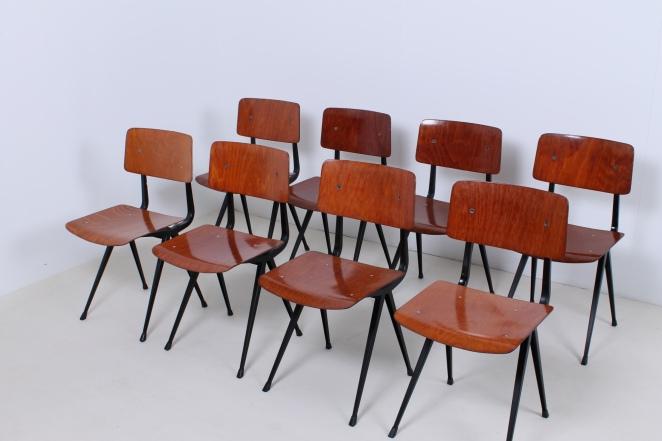 friso-kramer-result-chairs-light-black-design-ahrend-de-cirkel-dutch-design-2nd-edition-3