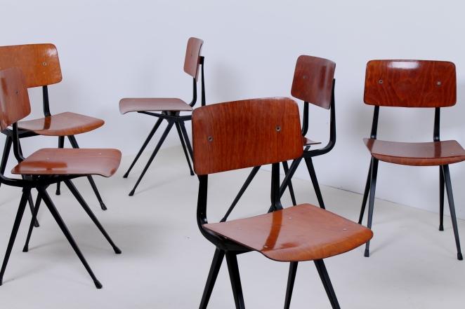 friso-kramer-result-chairs-light-black-design-ahrend-de-cirkel-dutch-design-2nd-edition-5