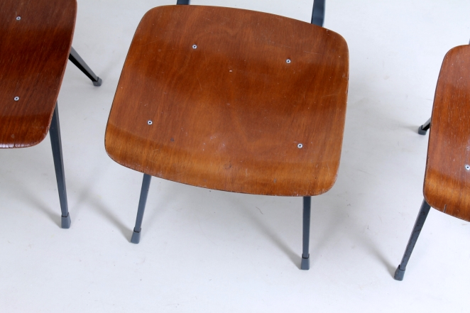 friso-kramer-result-revolt-1st-edition-teak-wood-timber-ahrend-de-cirkel-vintage-cafe-restaurant-furniture-design-schoolchairs-10