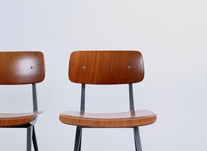 friso-kramer-result-revolt-1st-edition-teak-wood-timber-ahrend-de-cirkel-vintage-cafe-restaurant-furniture-design-schoolchairs-13