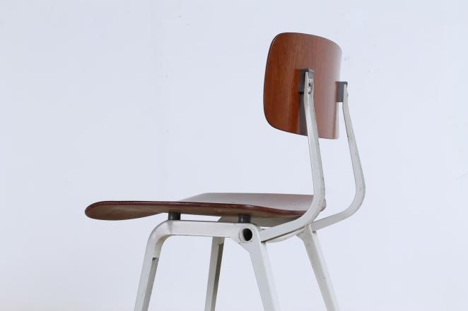 friso-kramer-revolt-timber-teak-wood-light-grey-edition-ahrend-de-cirkel-vintage-cafe-restaurant-furniture-design-schoolchairs-3